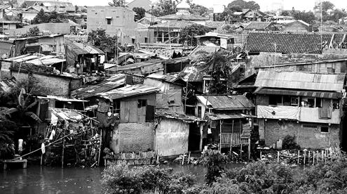 Wajah Miskin Jakarta, sumber: aliffafiq.wordpress.com